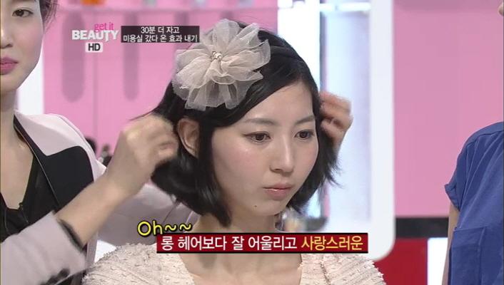 3) 숏 헤어에도 잘 어울리는 플라워 코사주 머리띠 ㅎㅎ