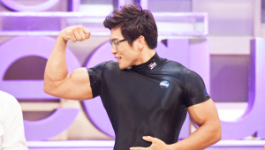- 탄력 있는 몸매를 만들기 위한 체조법을 알려주시기 위해 트레이너분이 <br>겟잇뷰티를 찾아주셨어요! 트레이너분의 근육 자랑, 운동 많이 하셨나봐요^^