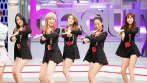 - 카라 멤버들이 메이크업에 의상까지 입고 완벽하게 변신했어요!<br>  거기에 판도라 안무까지! <br> 지금 바로 무대로 올라가도 되겠어요!