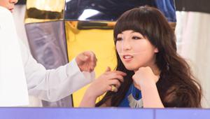 메이크오버를 통해 몰라보게 여성스러워진 김자영 Better Girls! <br>손짓까지 여성스러워진거같아요:)