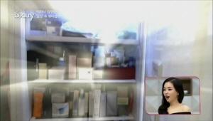 정민의 보물 2호, 화장품 냉장고 공개!   <br>이 안에는 마스크팩과 알로에 젤, 샘플 등의 다양한 제품이 <br>종류별로 구분되어 있어요