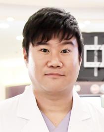 박상혁 (남 27, 인턴)