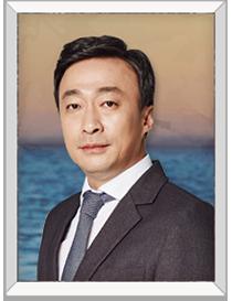 박태석(이성민) | 로펌변호사