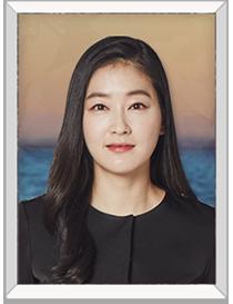 나은선(박진희) | 태석의 전처, 판사