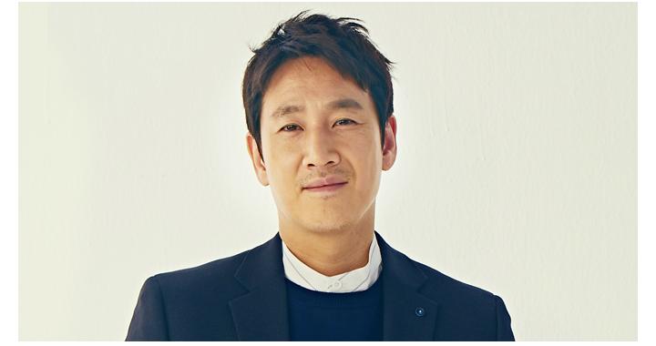 박동훈 (45세) / 이선균