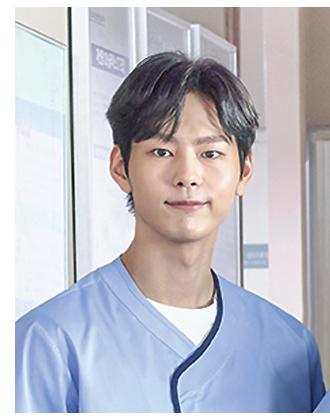 一周(Park Sunhee)/放射科醫生