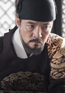 왕(남, 40대 중반, 능선군 이호, 추후 선종)