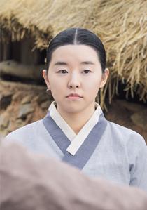 끝녀 (여, 20대 초반, 홍심의 친구)