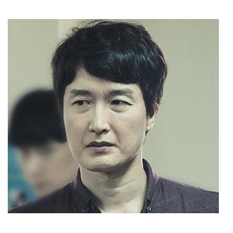 이경철 (48세)