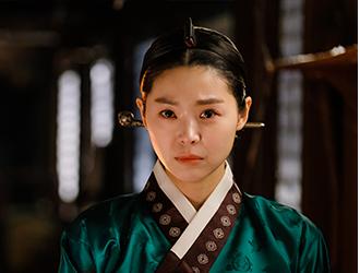 김상궁(민지아)