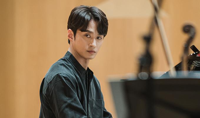 강인욱 (34)