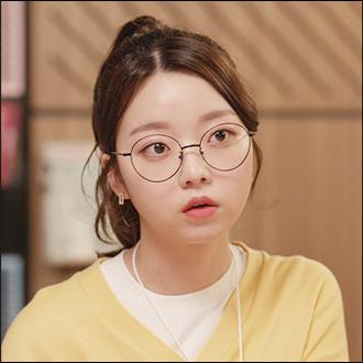 이소윤 (24)