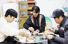 #한끼스포01_수제비와 겉절이, 콩나물밥과 전복된장찌개