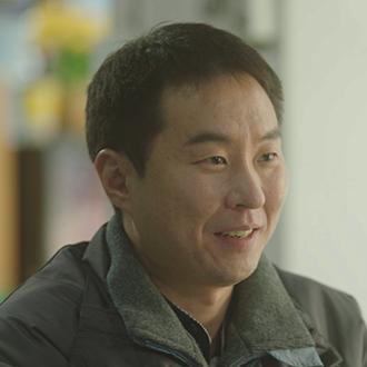 강민욱 (45세/이현균)