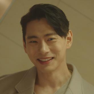 윤재호 (34세/유태오)