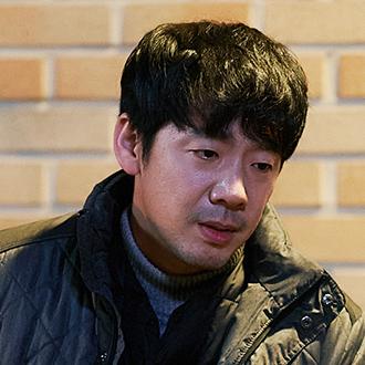 박철수 (45세/김도현)