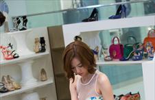 수아는 쇼핑중!