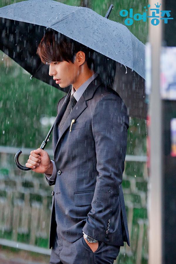 1007_우산2.jpg