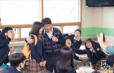데뷔 후 흔한 교실의 풍경
