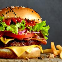 햄버거는 역시 세트! 햄버거, 감자튀김 그리고 콜라