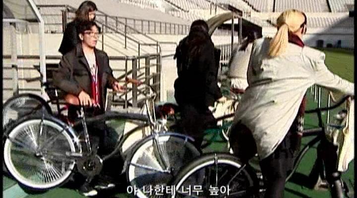 [프런코3] 자전거로 출퇴근하는 오피스룩 만들기!